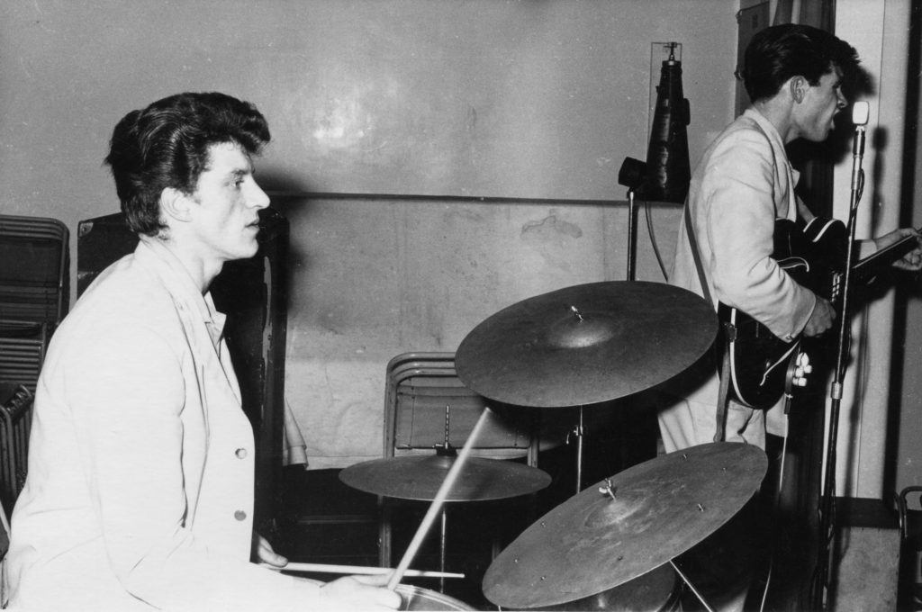 Johnny Hutchinson drumming with The Big Three